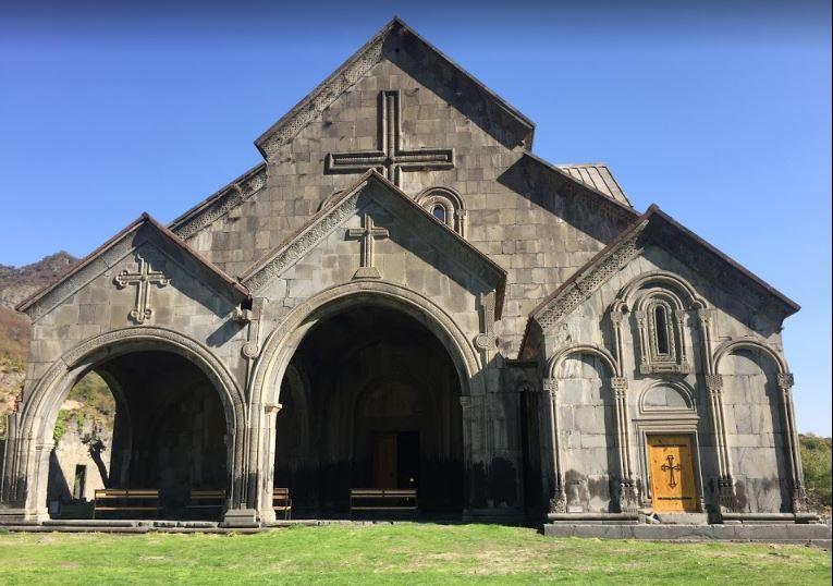 Монастырь Ахтала на границе с Арменией монастырь