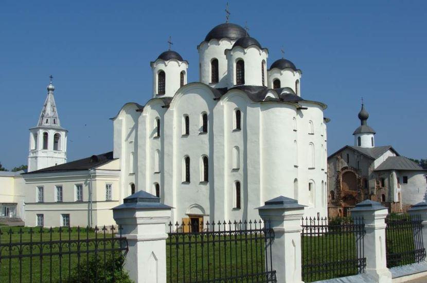 Никольский собор на Юрьевом дворище