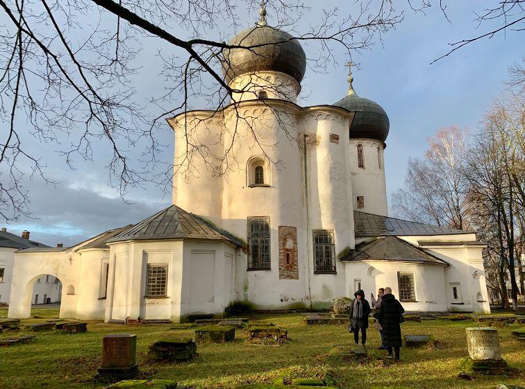 Благовещенский собор Антониева монастыря на экскурсии в Новгород