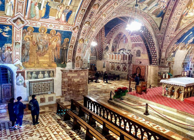 Нижняя церковь Ассизи