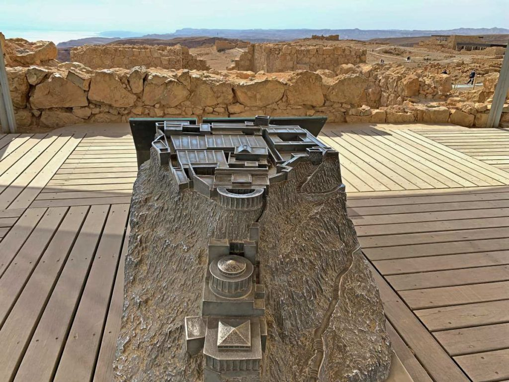 Макет дворца царя ирода в Масаде